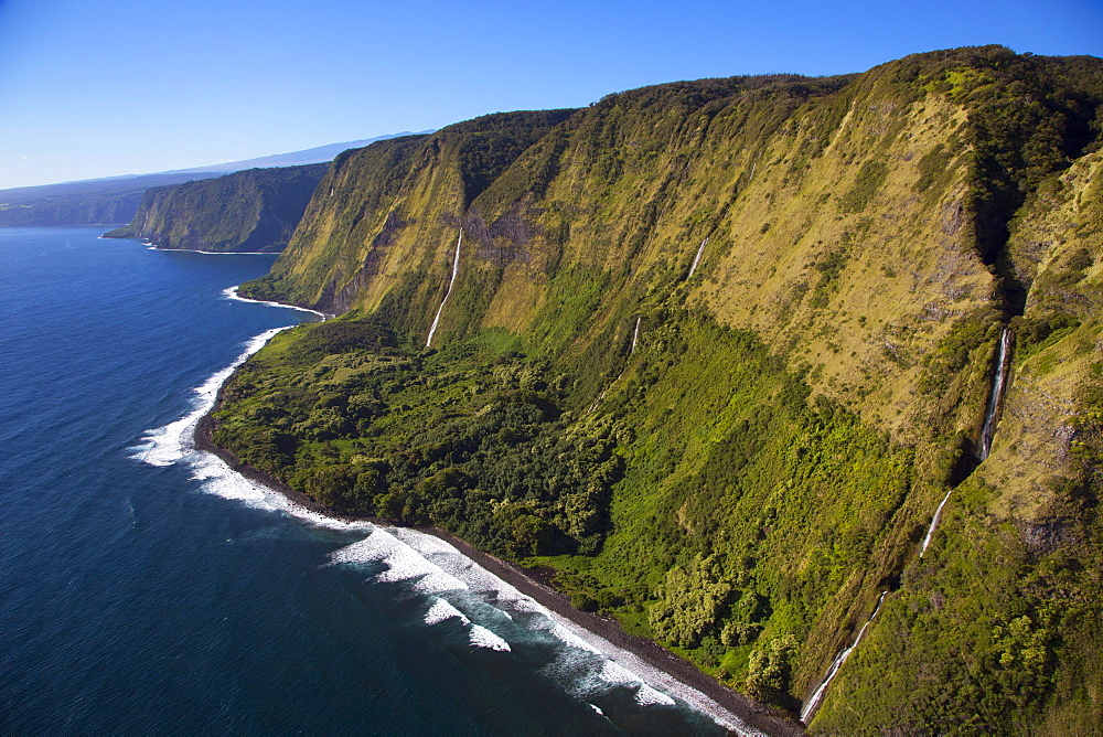 Waterfalls, North Kohala Coast, Big Island of Hawaii, United States of America, Pacific - 632-5310