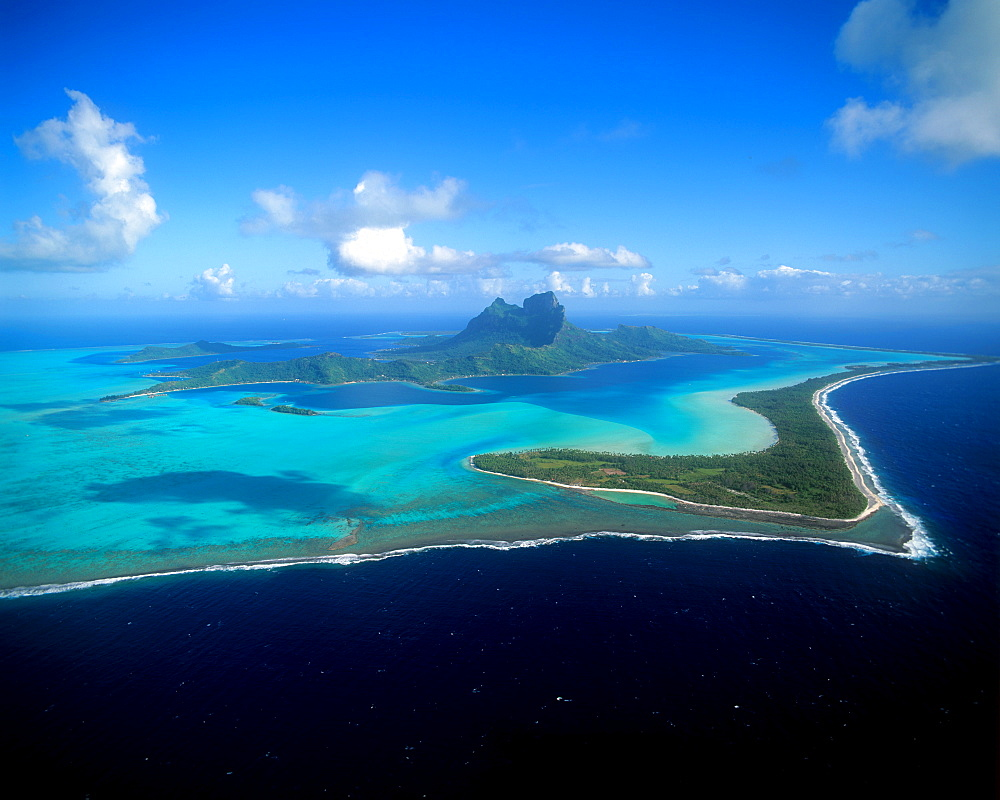 Bora Bora, Society Islands, French Polynesia, Pacific - 632-5547