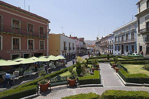 Plaza de la Paz in Guanajuato, a UNESCO World Heritage Site, Guanajuato State, Mexico, North America