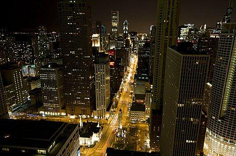 Magnificent Mile, Michigan Avenue at night, Chicago, Illinois, United States of America, North America