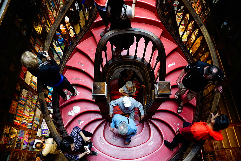 Stairs, Livraria Lello bookshop built in 1881, Porto (Oporto), Portugal, Europe - 641-13413