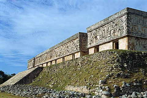 Governors Palace at Mayan site, Uxmal, UNESCO World Heritage Site, Yucatan, Mexico, North America