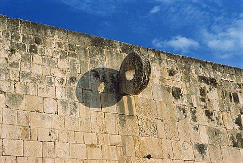 Ball court, Chichen Itza, UNESCO World Heritage Site, Yucatan, Mexico, North America