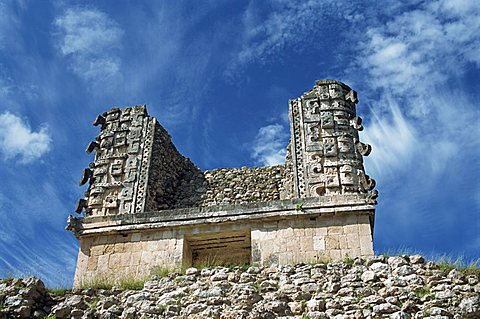 Building near the Magician's Pyramid, Uxmal, UNESCO World Heritage Site, Yucatan, Mexico, North America