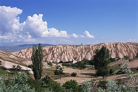 Eroded landscape surrounding Goreme, Cappadocia, Anatolia, Turkey, Asia Minor, Asia