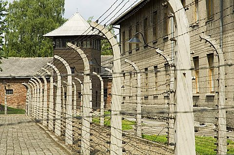 Electric fence, Auschwitz concentration camp, UNESCO World Heritage Site, Oswiecim near Krakow (Cracow), Poland, Europe