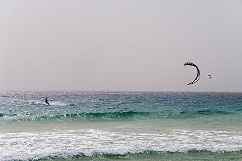 Kite surfing at Santa Maria on the island of Sal (Salt), Cape Verde Islands, Africa