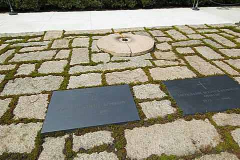 Tomb of John F. Kennedy and Jackie Kennedy at Arlington National Cemetery, Arlington, Virginia, United States of America, North America