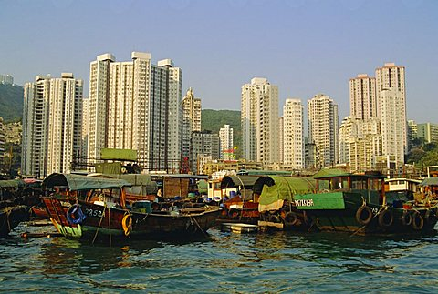 The Floating City of boat homes (sampans), Aberdeen Harbour, Hong Kong Island, Hong Kong, China