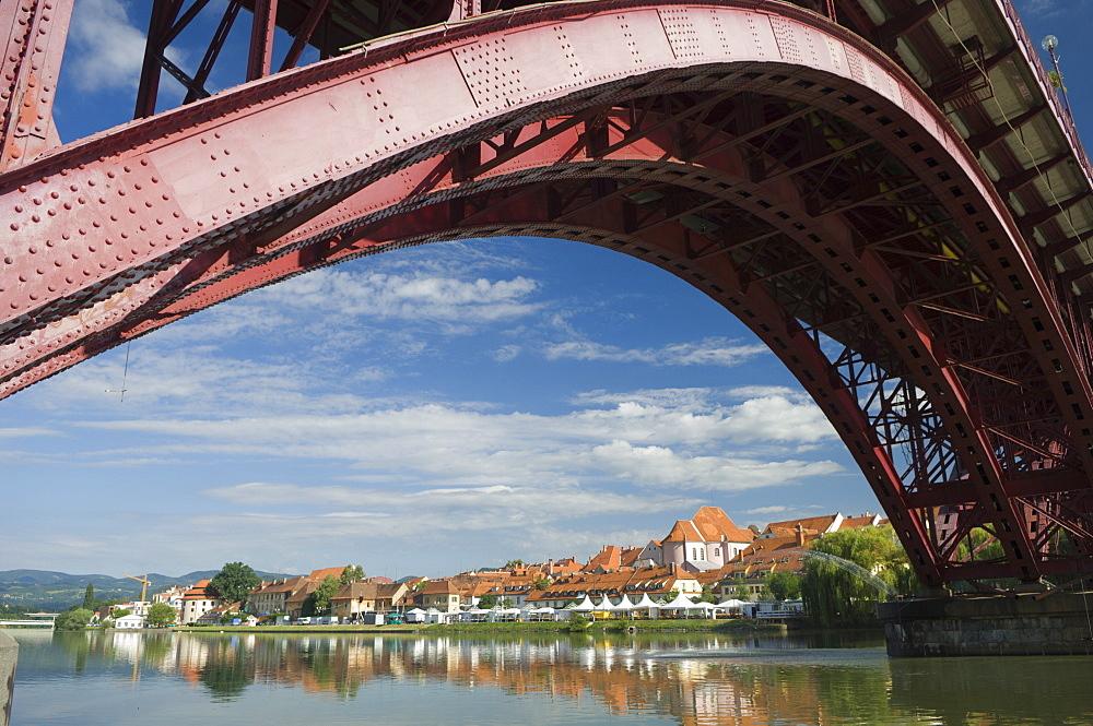 Maribor and the River Drava, Slovenia, Europe