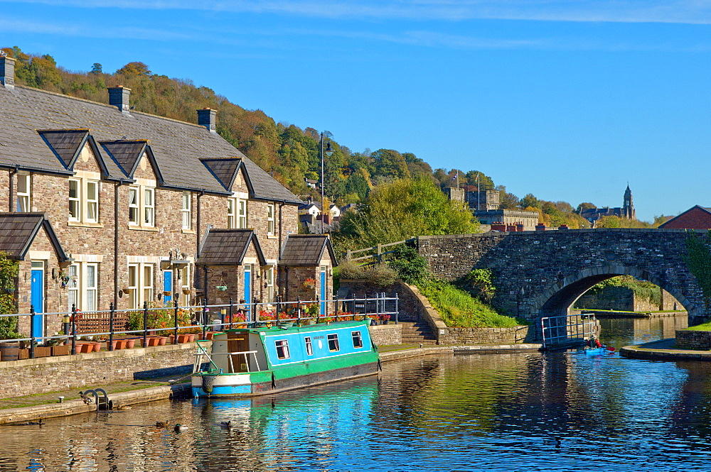 A view of the Canal Basin, Brecon and Monmouthshire Canal, Brecon, Brecon Beacons National Park, Powys, Wales, United Kingdom, Europe