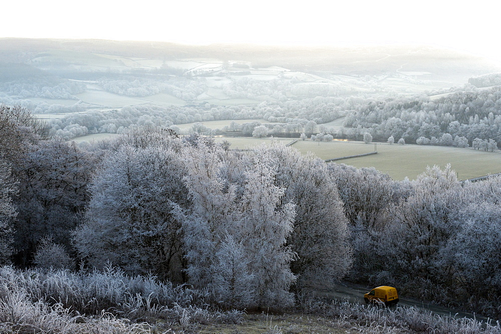 Frosty landscape, Powys, Wales, UK. - 663-875