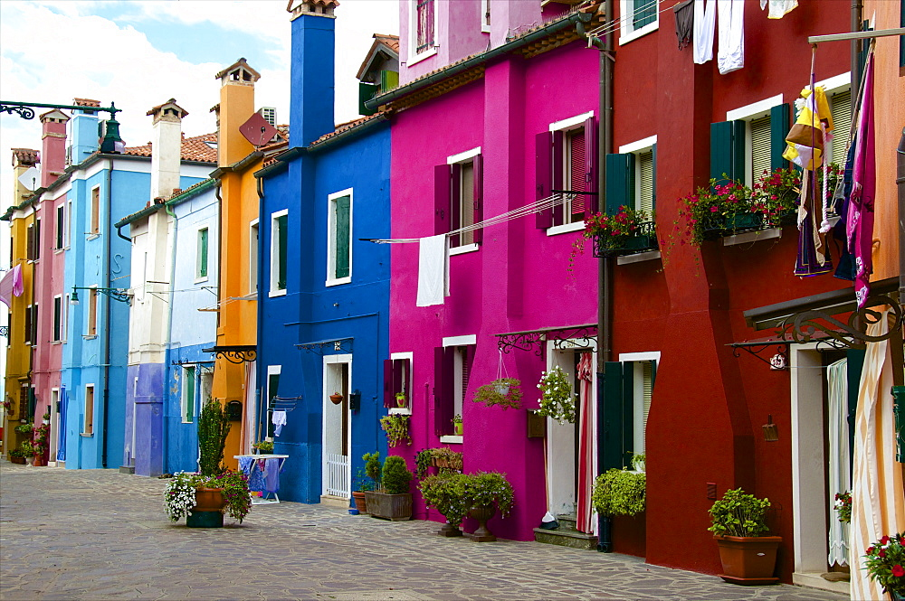 Fishermen's colored facade houses, Burano, Venice, Veneto, Italy, Europe - 665-5427