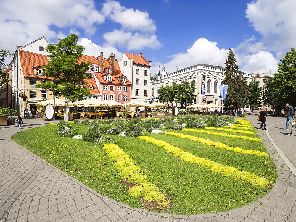 Livu Square with Great and Small Guild Halls, Riga, Latvia, Baltic States, Europe