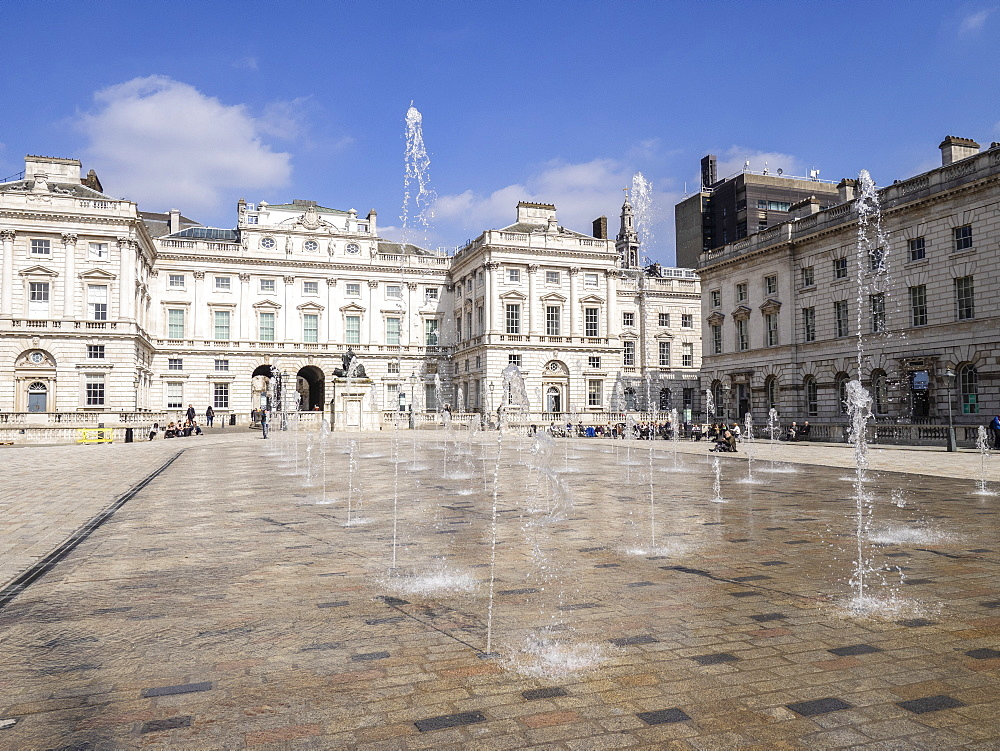 Fountain Court, Somerset House, London, England, United Kingdom, Europe