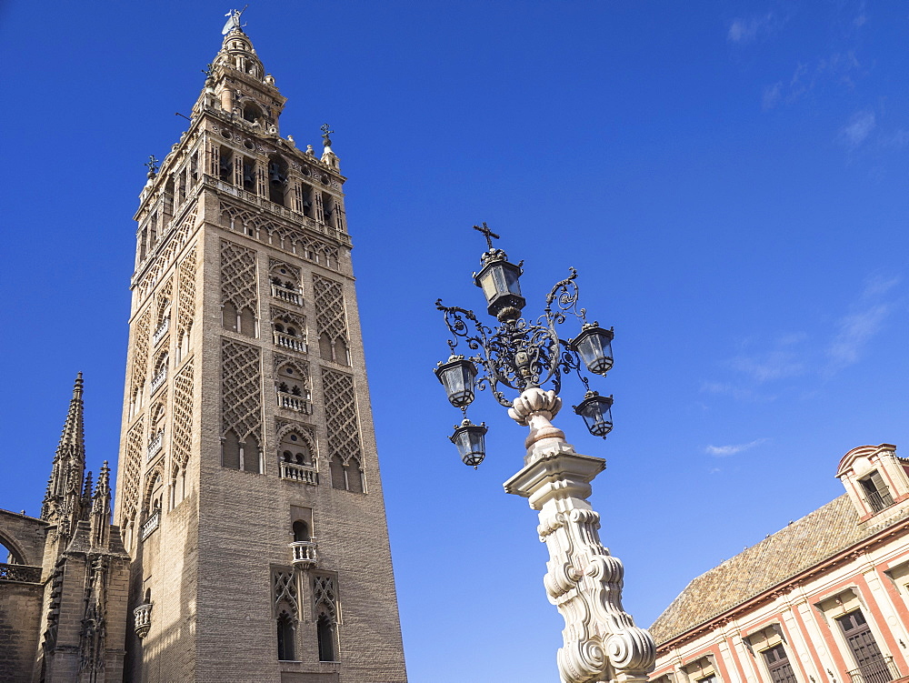 The Giralda (Bell Tower), Seville Cathedral, UNESCO World Heritage Site, Seville, Andalucia, Spain, Europe