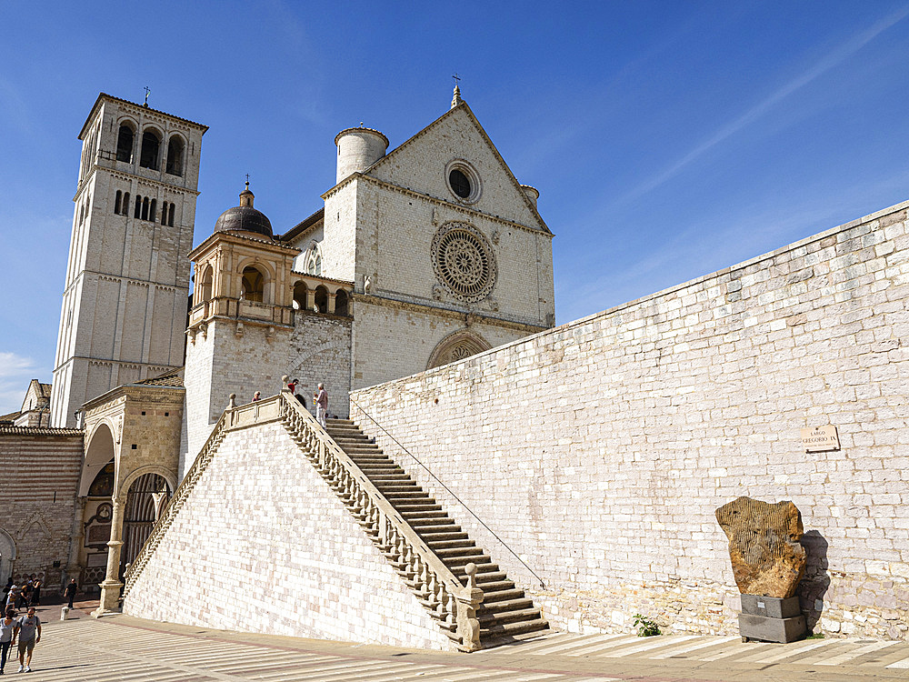 Basilica of St. Francis, UNESCO World Heritage Site, Assisi, Umbria, Italy, Europe
