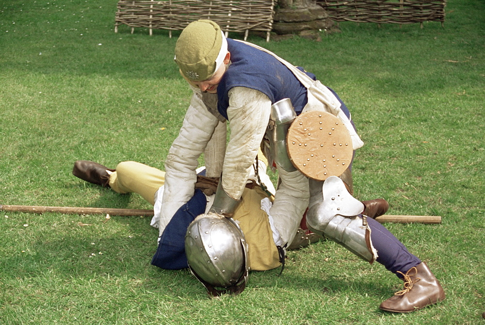 Re-enactment of medieval combat, Wars of the Roses Society, Worcester, England, United Kingdom, Europe