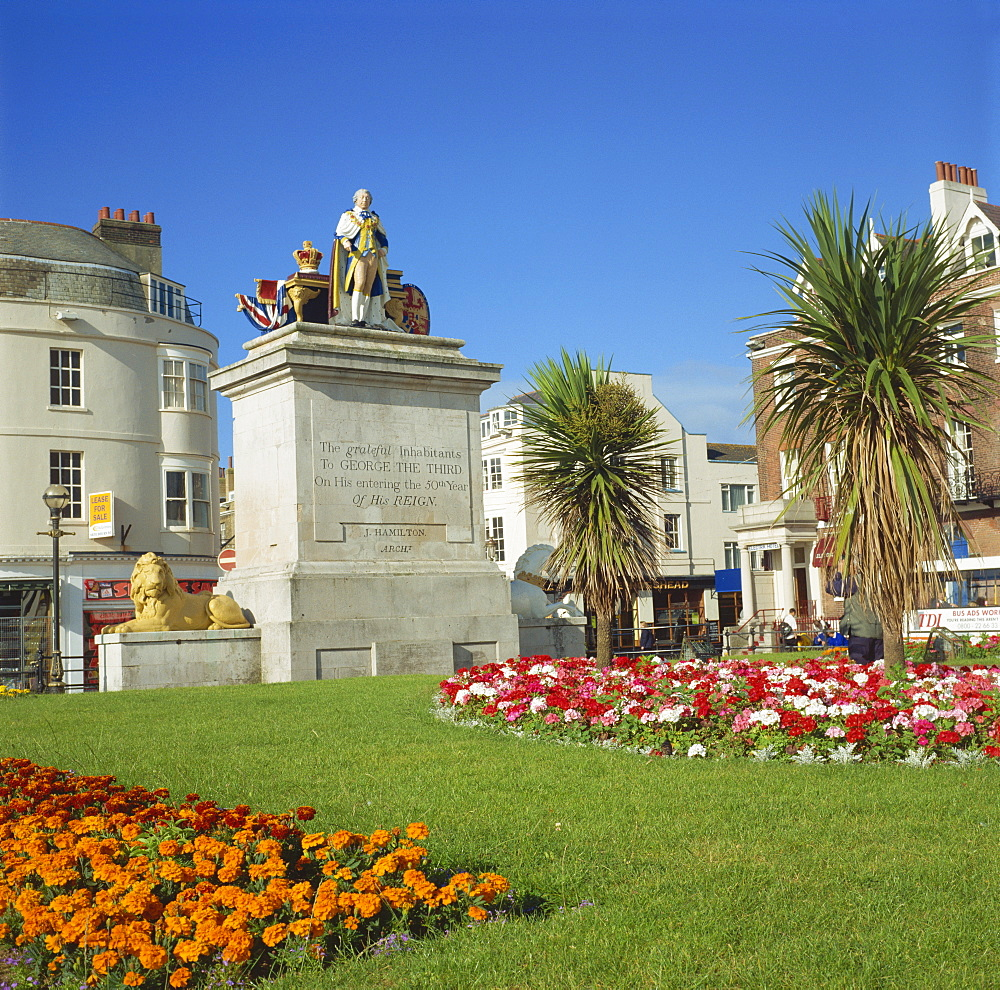 King George III statue and gardens, Weymouth, Dorset, England, United Kingdom, Europe