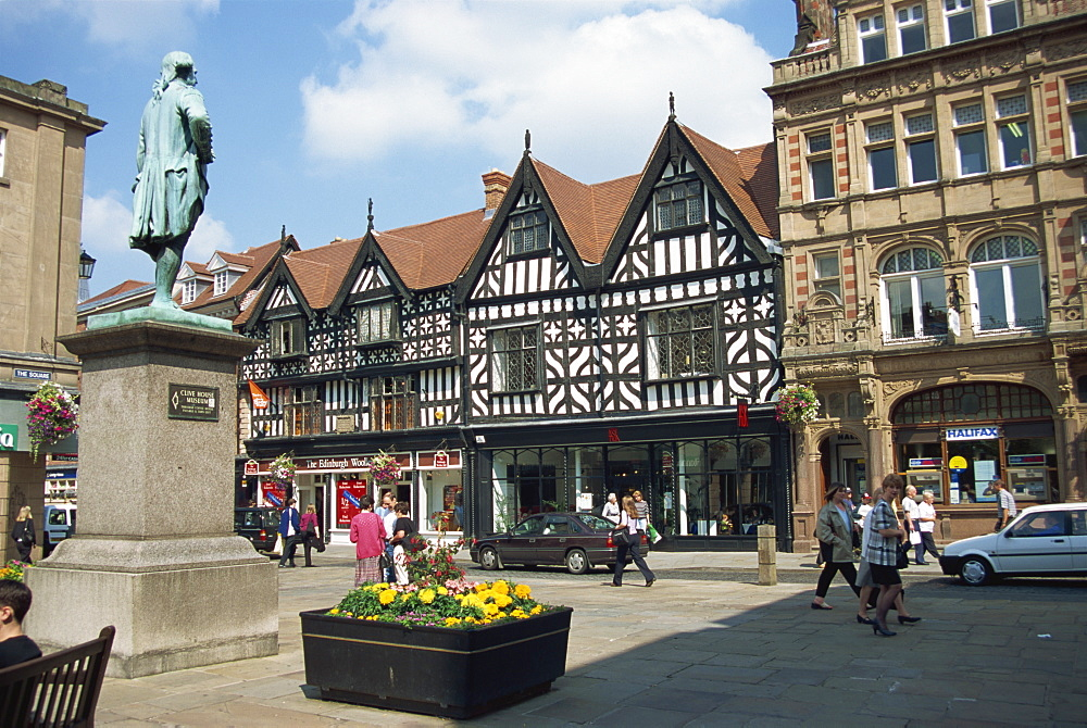 The Square and High Street with statue of Clive, Shrewsbury, Shropshire, England, United Kingdom, Europe - 678-2719
