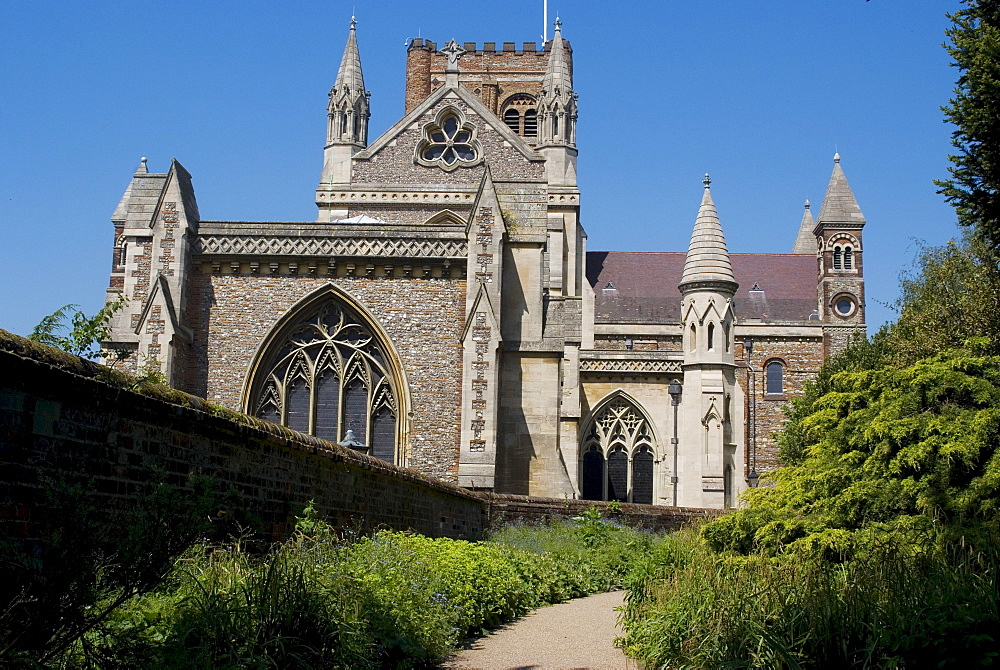 St. Albans Cathedral, a Christian site for over 900 years, the foundations of the current building date from 1077, St. Albans, Hertfordshire, England, United Kingdom, Europe