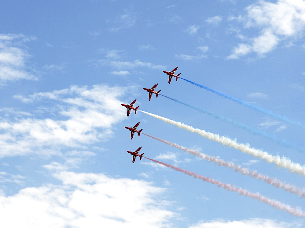 The Red Arrows at the VE Day Anniversary Air Show at Duxford, Cambridgeshire, England, United Kingdom, Europe - 685-2612