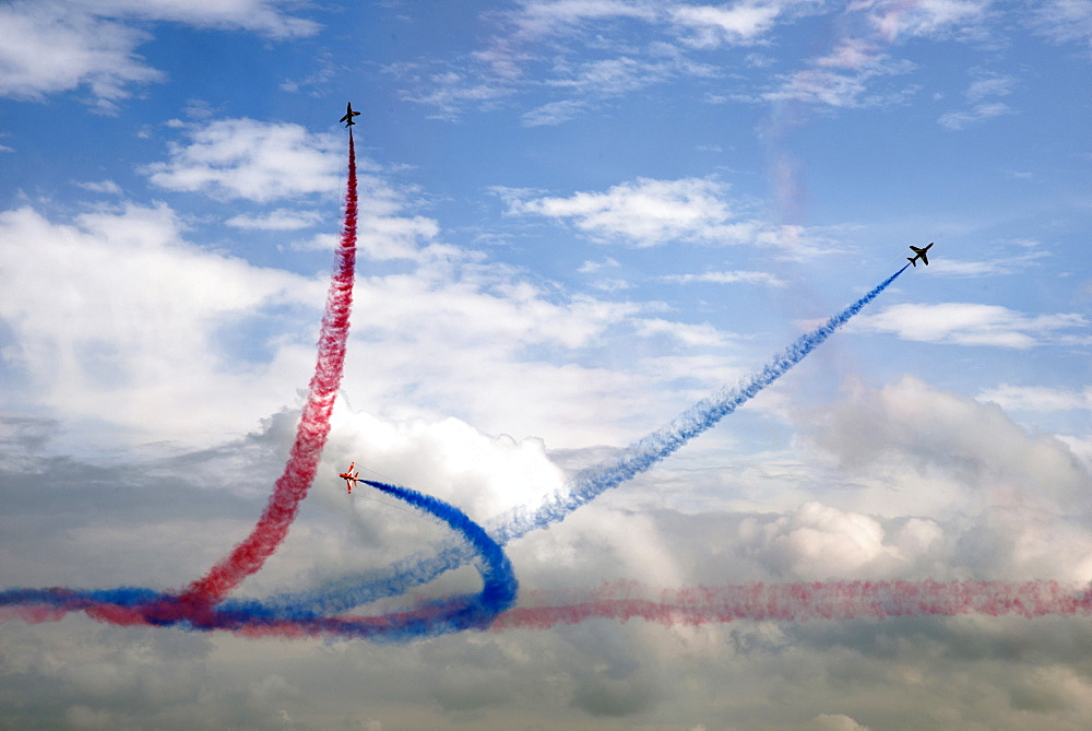 The Red Arrows at the VE Day Anniversary Air Show at Duxford, Cambridgeshire, England, United Kingdom, Europe - 685-2614