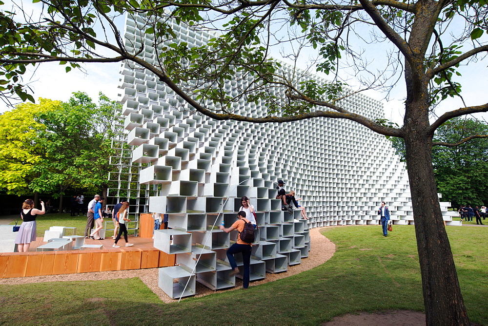 The 2016 Serpentine Pavilion by Bjarke Ingels, Serpentine Gallery, Hyde Park, London W2, England, United Kingdom, Europe