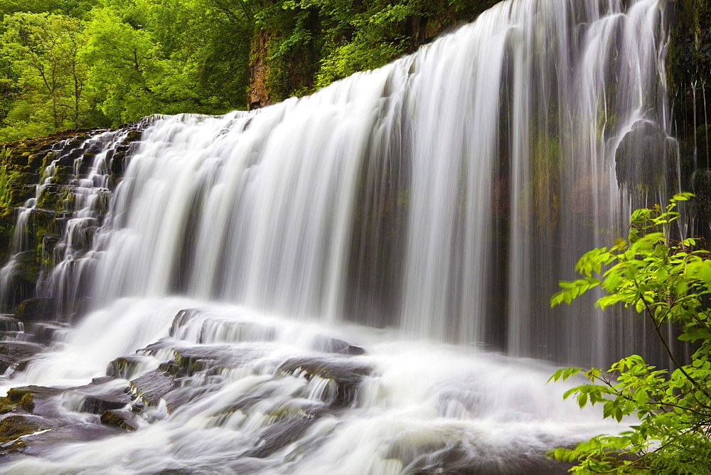 Sgwd Isaf Clun Waterfall, Brecon Beacons, Wales, United Kingdom, Europe - 696-425