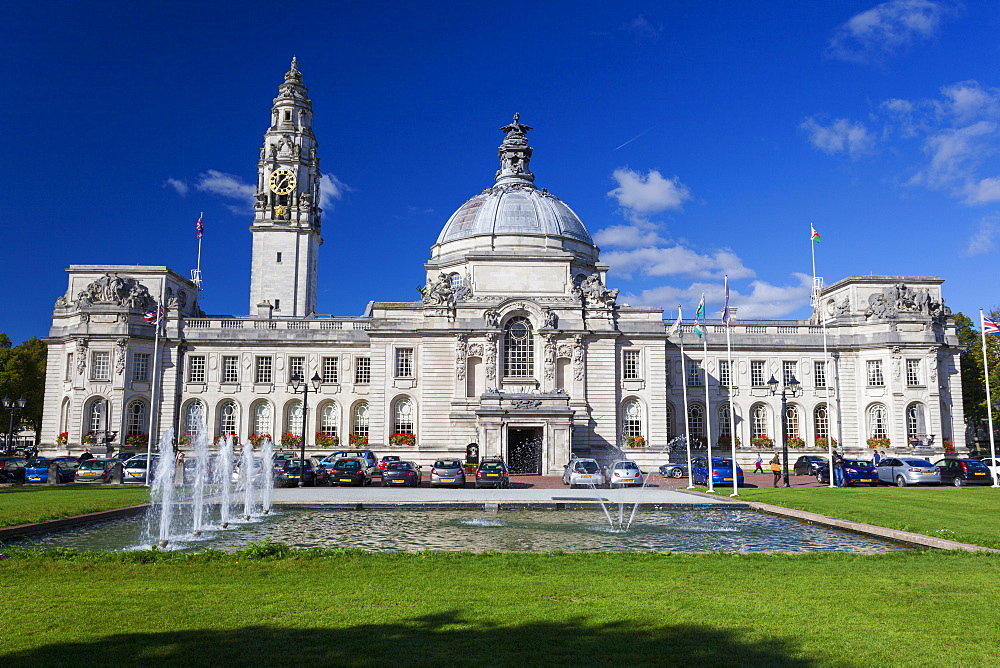 City Hall, Cardiff Civic Centre, Wales, United Kingdom, Europe