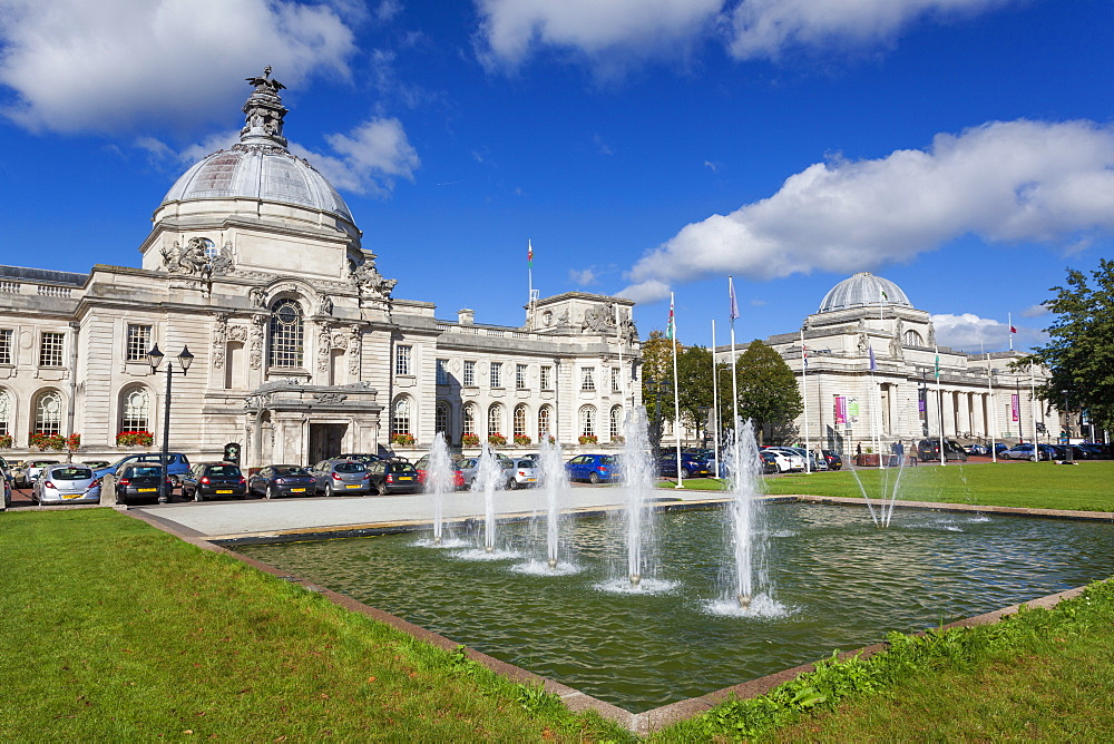 City Hall, The National Museum Of Wales, Cardiff Civic Centre, Wales, United Kingdom, Europe