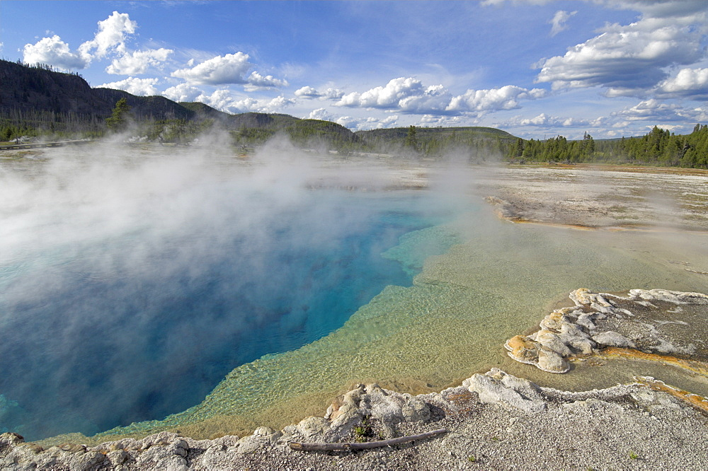 Sapphire Pool, Biscuit Basin, Upper Geyser Basin, Yellowstone National Park, UNESCO World Heritage Site, Wyoming, United States of America, North America