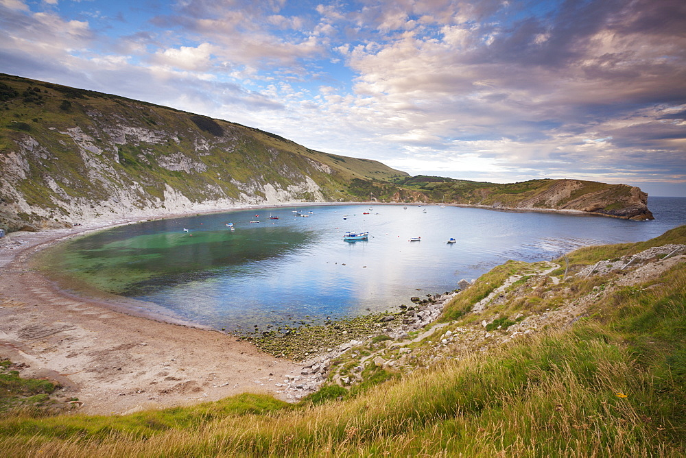 Lulworth Cove, a perfect horseshoe-shaped bay, Jurassic Coast, UNESCO World Heritage Site, Dorset, England, United Kingdom, Europe