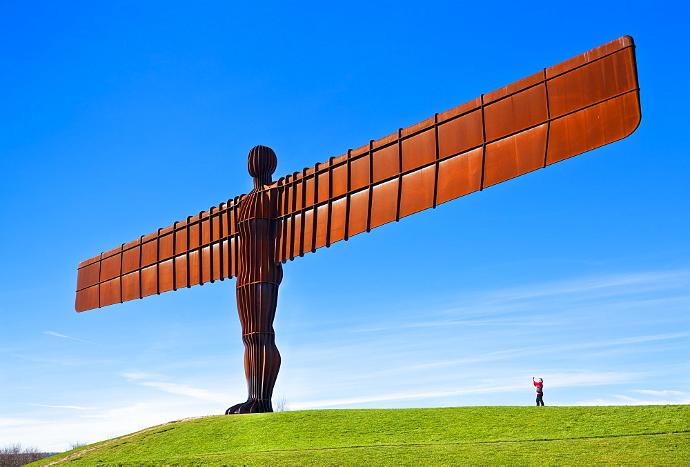 Person photographing the Angel of the North sculpture by Antony Gormley, Gateshead, Newcastle-upon-Tyne, Tyne and Wear, England, United Kingdom, Europe
