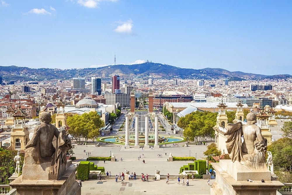 Skyline view over Barcelona from Montjuic, Barcelona, Catalonia (Catalunya), Spain, Europe