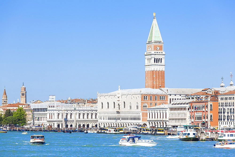 Campanile tower, Palazzo Ducale (Doges Palace), Bacino di San Marco (St. Marks Basin), Venice, UNESCO World Heritage Site, Veneto, Italy, Europe - 698-3226