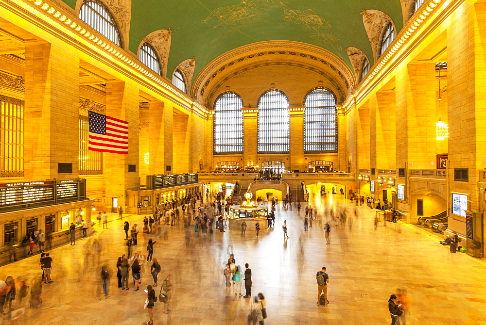 Busy marble concourse departure hall of Grand Central Terminal, Grand Central Station, Manhattan, New York, United States of America, North America - 698-3264