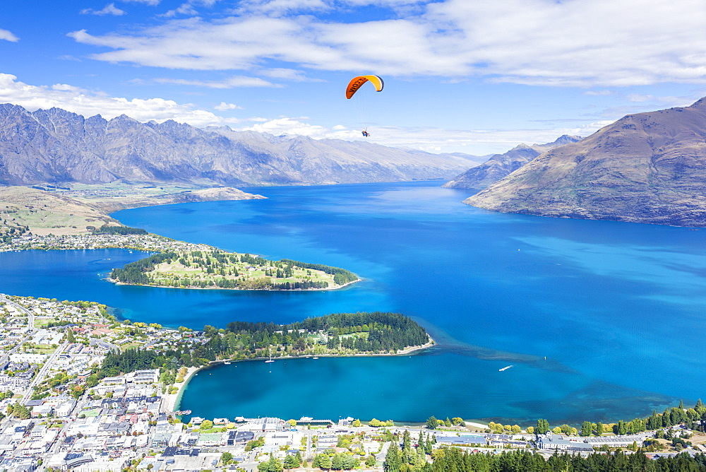 Aerial view of Queenstown, paraglider, Lake Wakatipu and The Remarkables mountains, Queenstown, Otago, South Island, New Zealand, Pacific - 698-3343