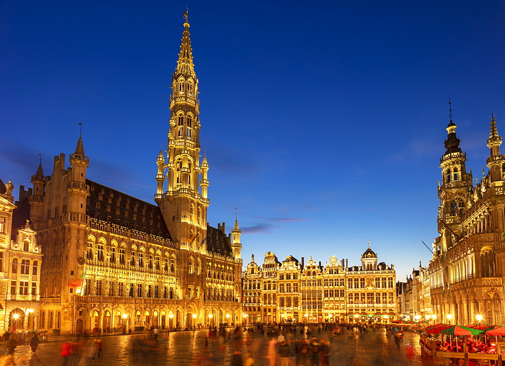 Grand Place and Brussels Hotel de Ville (Town Hall) at night, UNESCO World Heritage Site, Brussels, Belgium, Europe