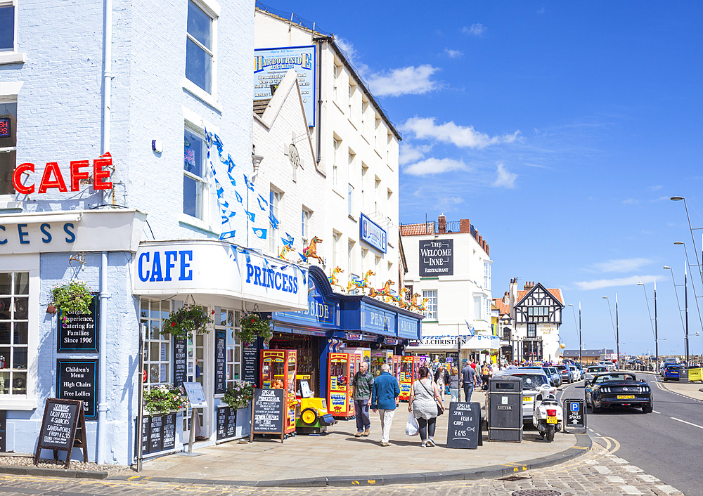 Scarborough South bay sea front cafes and shops, Scarborough North Yorkshire UK GB Europe