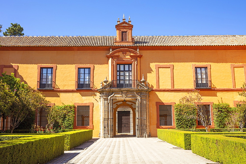 Patio del Crucero (Courtyard of the Crossing) in the Real Alcazar Palace, UNESCO World Heritage Site, Seville, Andalusia, Spain, Europe