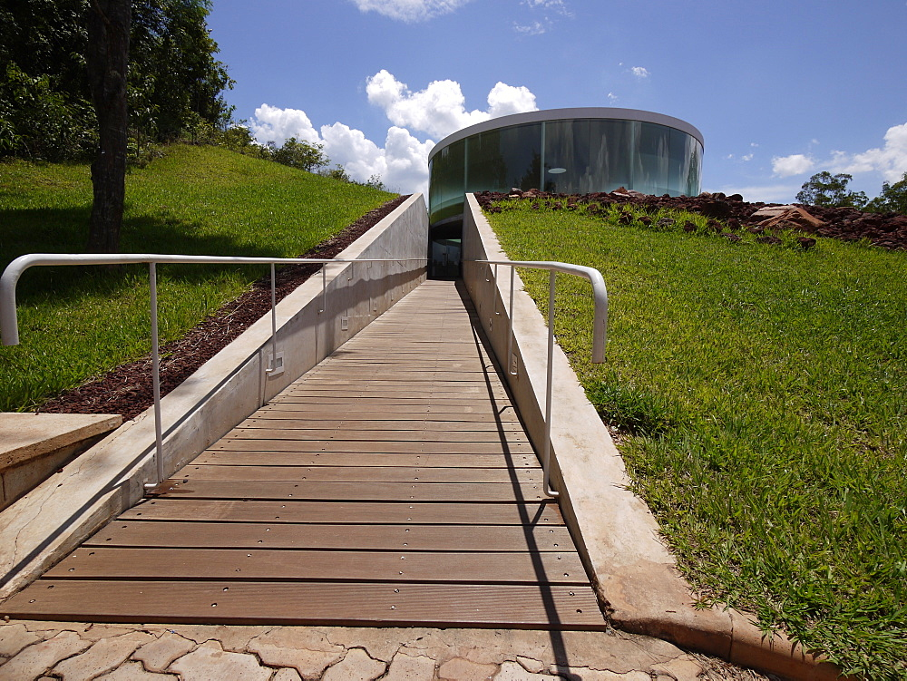 Centro de Arte Contemporanea Inhotim, contemporary artwork center owned and created in 2006 in a large park by Bernardo Paz, Brumadinho, Minas Gerais, Brazil, South America - 700-13903