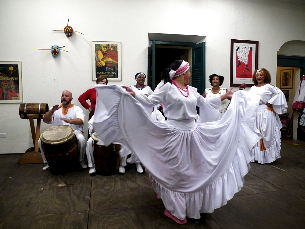 Escuela de Bomba y Plena Dona Brenes in the old town, where traditional dances can be learned, San Juan, Puerto Rico, West Indies, Caribbean, Central America - 700-13910