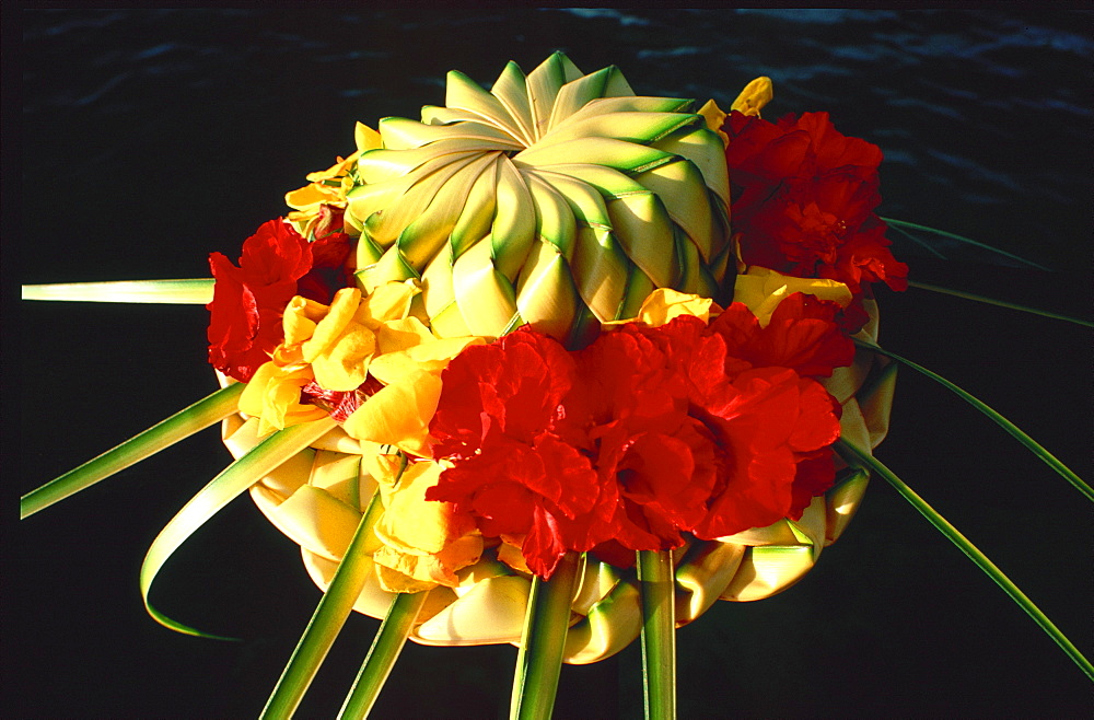 Traditional floral hat, Tahiti, French Polynesia, Pacific Islands