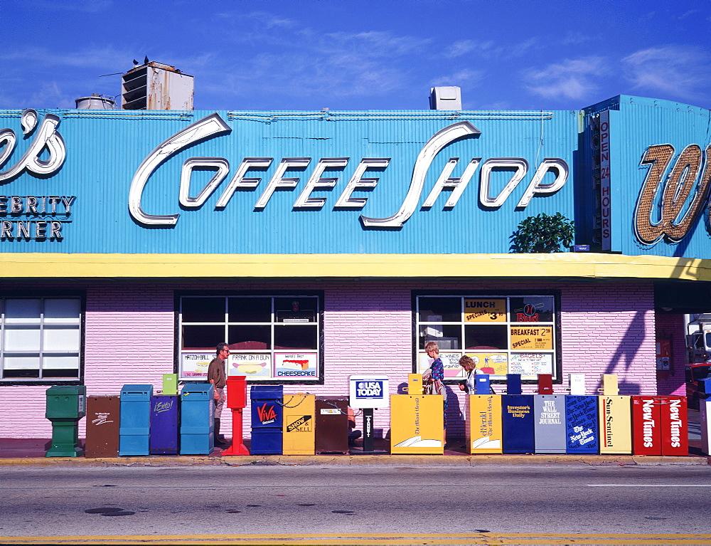 Wolfie cafe, Miami Beach (South Beach), Miami, Florida, USA