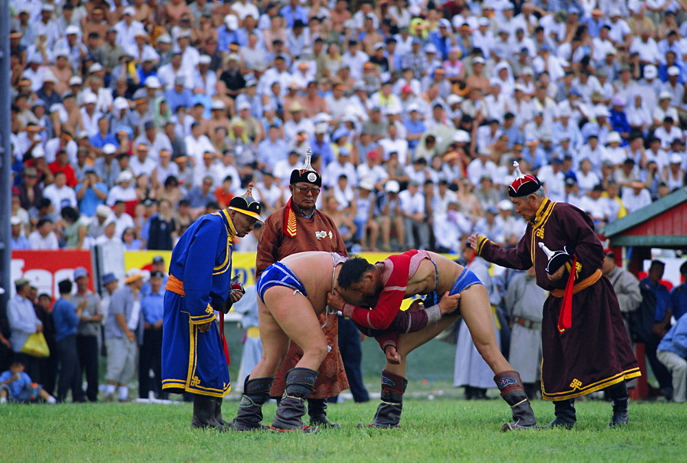 Wrestling at the tournament, Naadam Festival, Ulaan Baatar (Ulan Bator), Mongolia, Asia