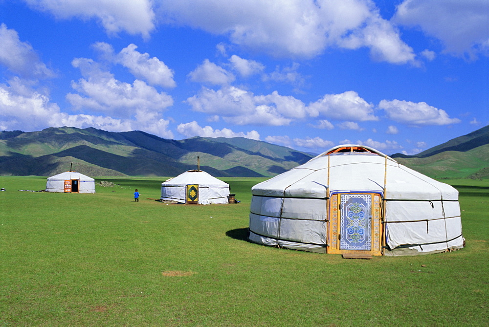 Gers (yurts) in the Orkhon Valley, Ovorkhangai, Mongolia, Asia