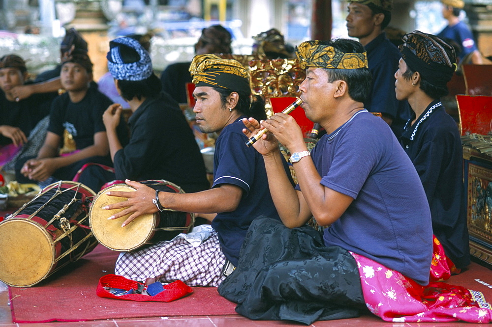 Musicians at cremation ceremony, island of Bali, Indonesia, Southeast Asia, Asia