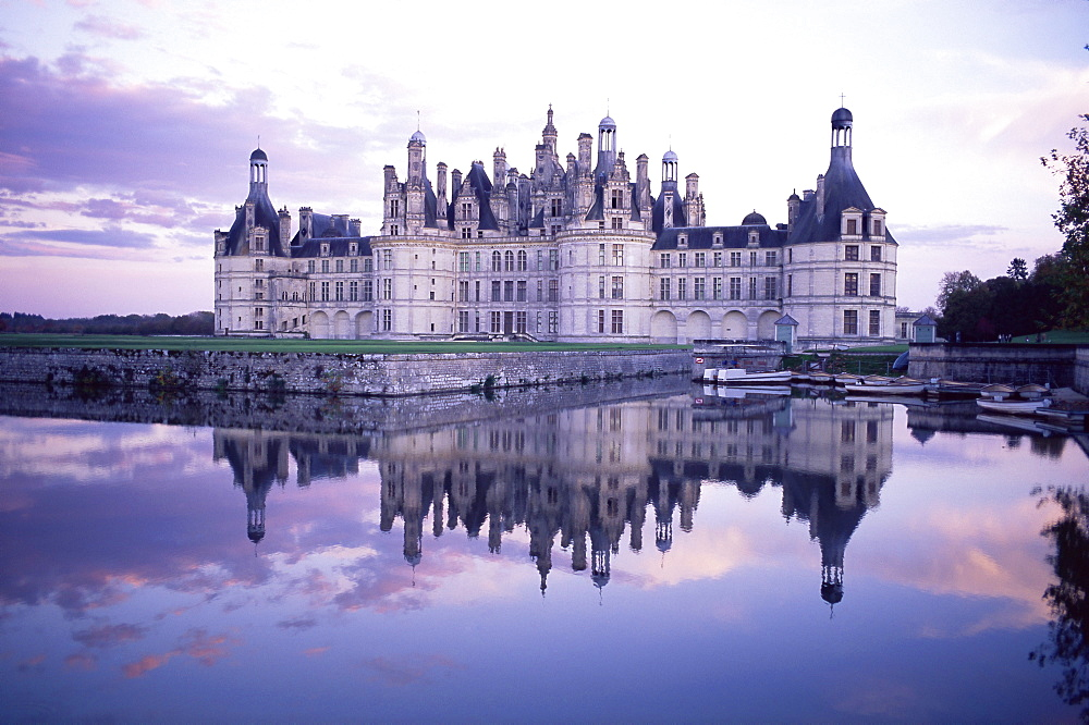 Chateau of Chambord, UNESCO World Heritage Site, Loir et Cher, Region de la Loire, Loire Valley, France, Europe - 712-2017