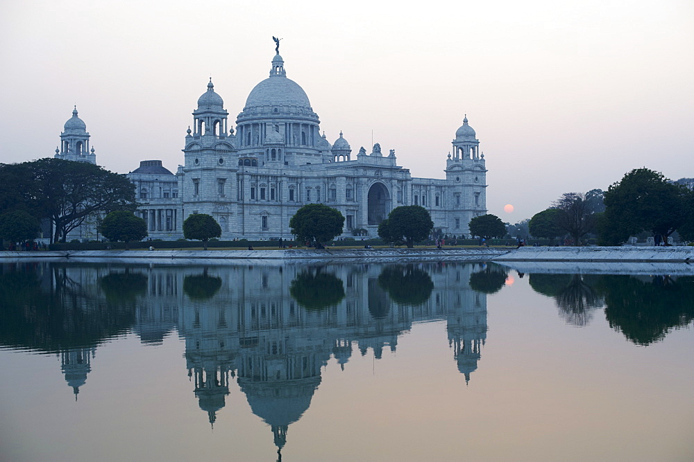 Victoria Memorial, Chowringhee, Kolkata (Calcutta), West Bengal, India, Asia